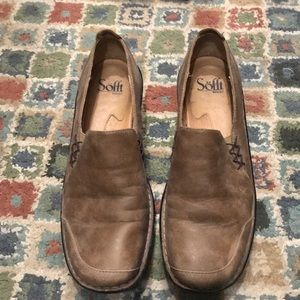 Sofft leather slip on, size 9
